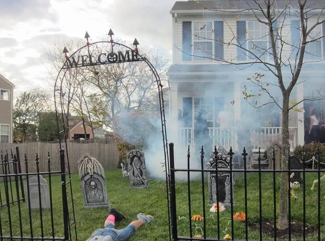 Halloween decoration outdoor welcome with grave arrangement