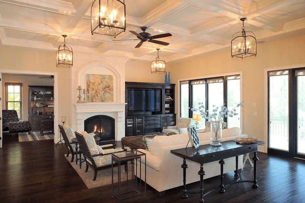 Modern-living-room-design-with-multiple-ceiling-light-to-provide-good-lighting