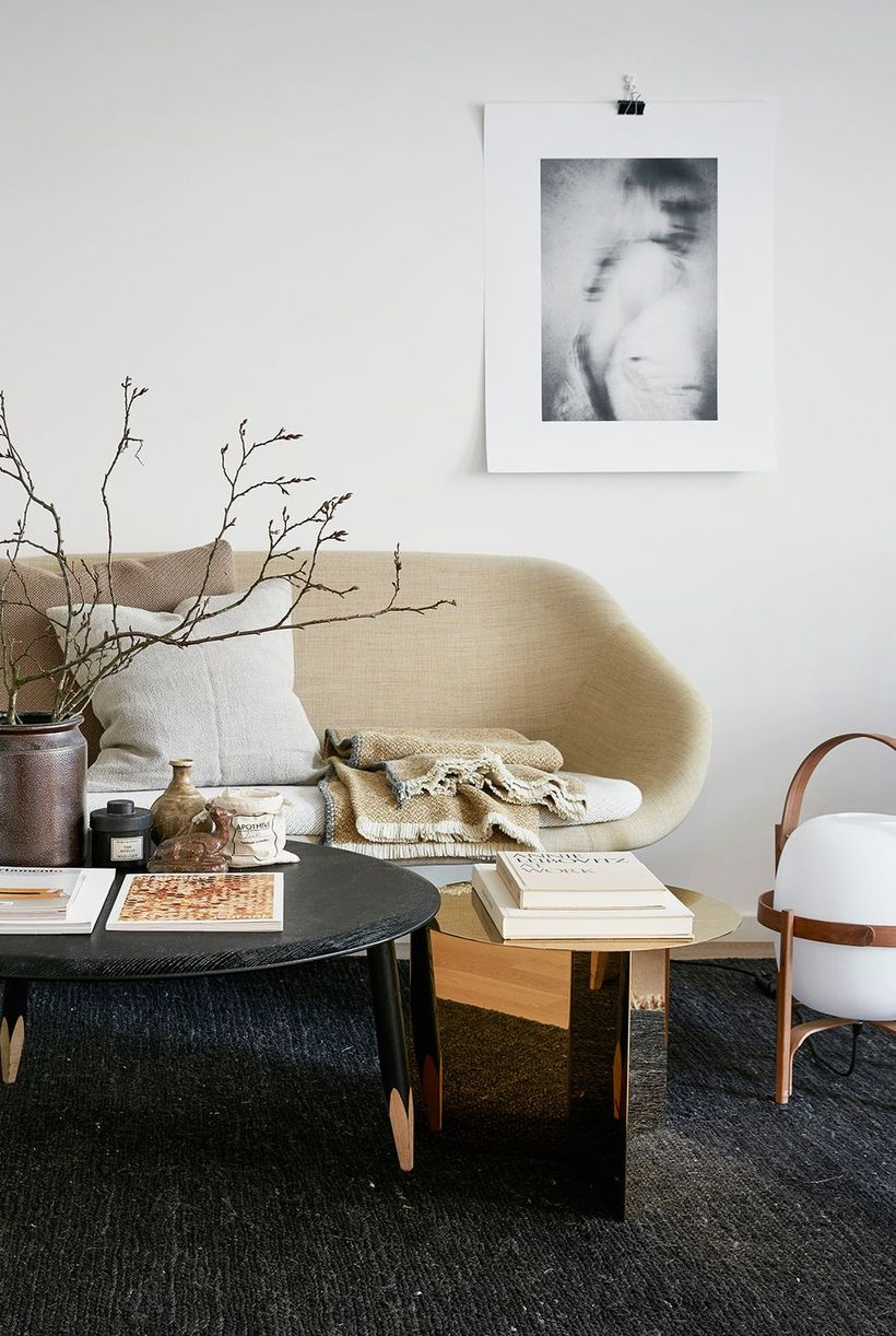Round-coffee-table-and-unique-sofa
