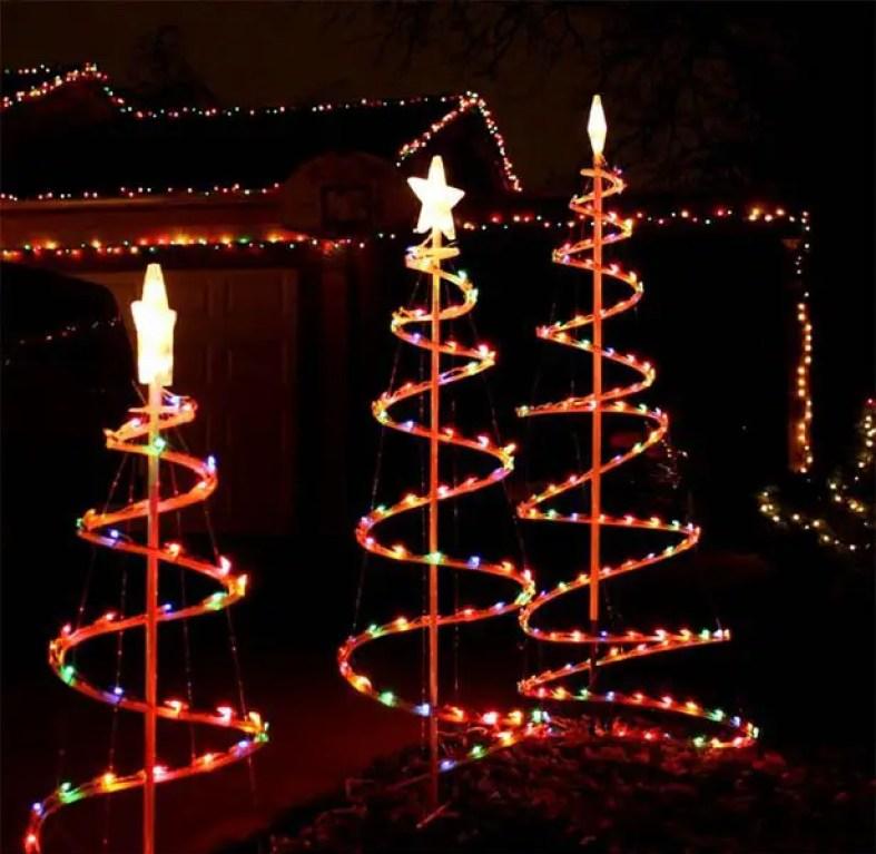 Christmas-lights-for-yard-decoration