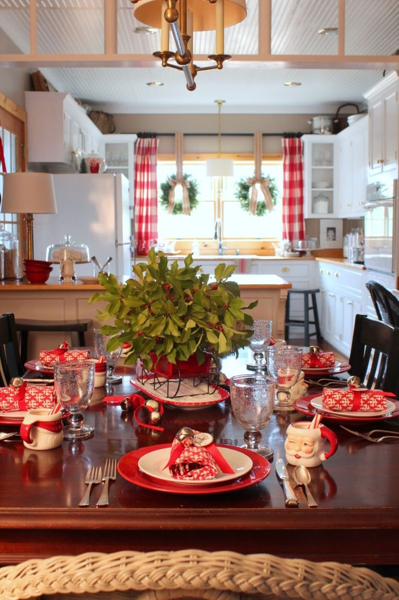 Farmhouse-christmas-kitchen4-1
