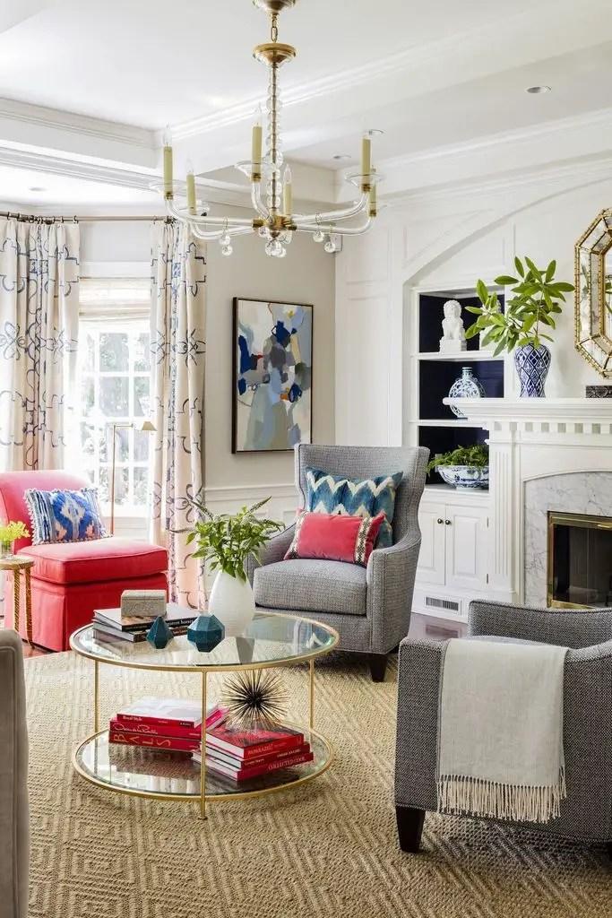Vintage living room design with decorative lighting