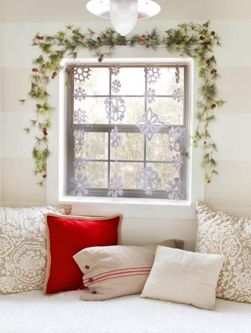 Green leaves with white hanging decoration