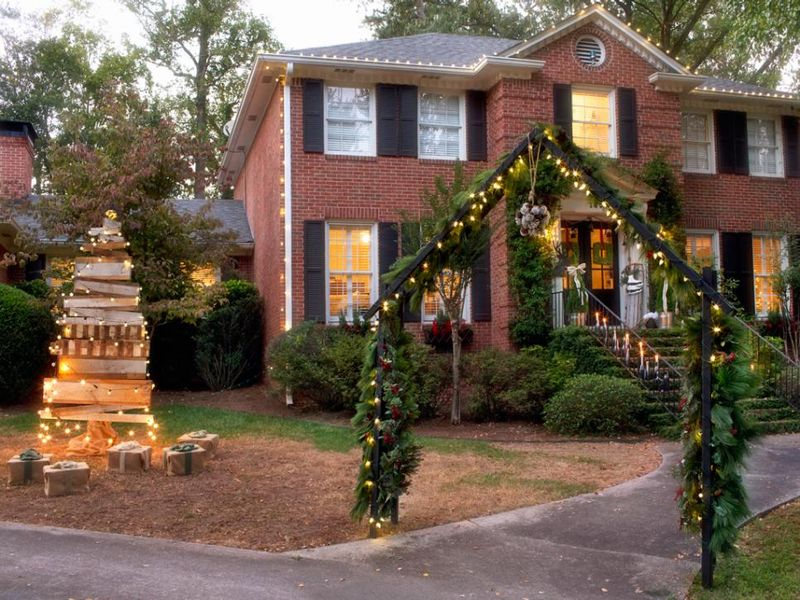 With-an-arbor-created-with-vintage-ladders-and-the-entrance-is-decorated
