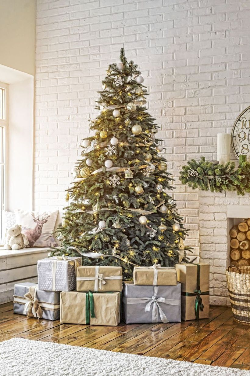 1christmas-tree-decor-11-1572897208