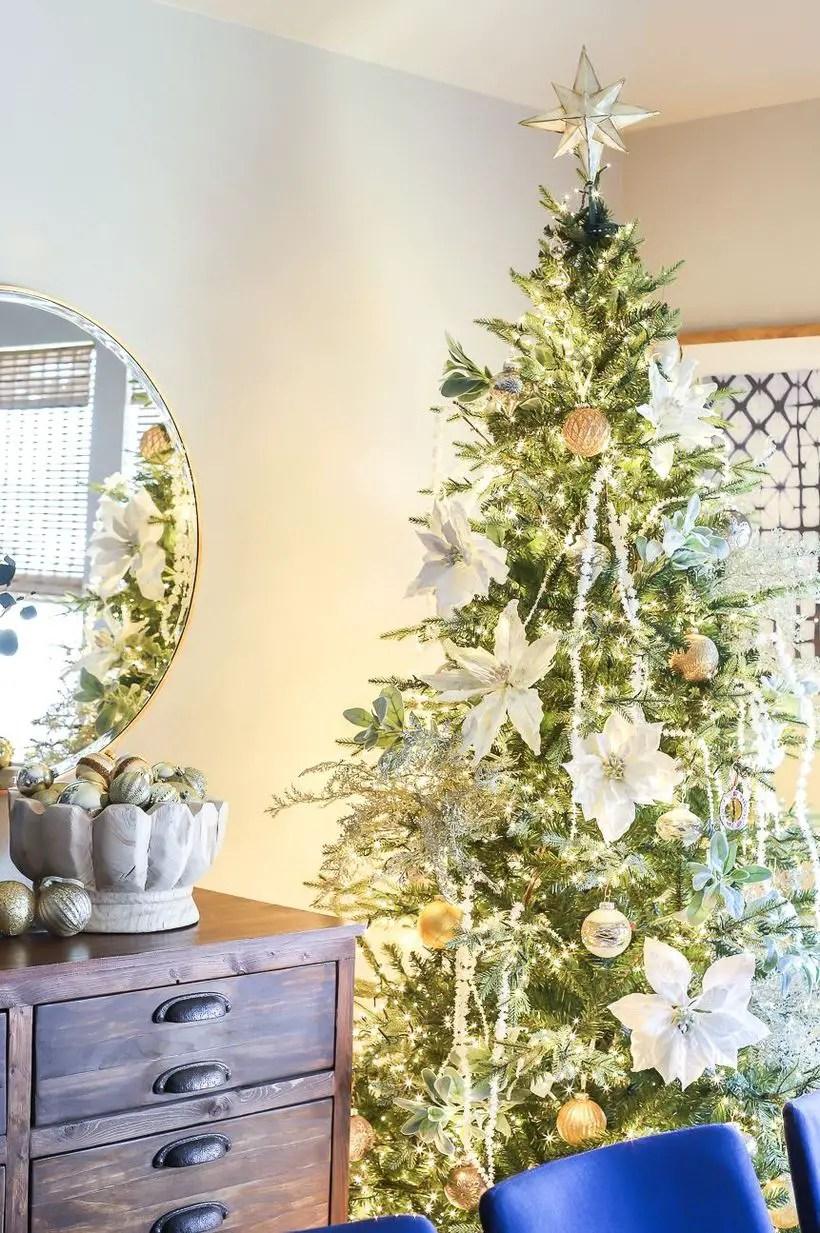 1christmas-tree-decor-2-1572897209