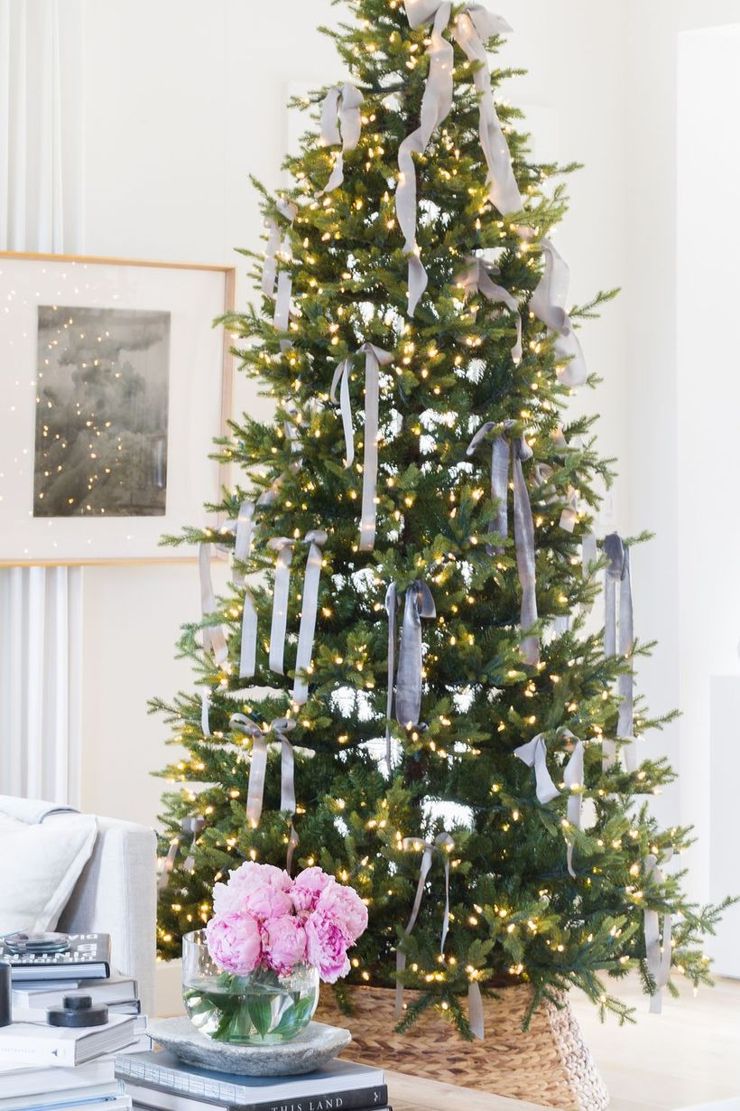 1christmas-tree-decor-4-1572897260