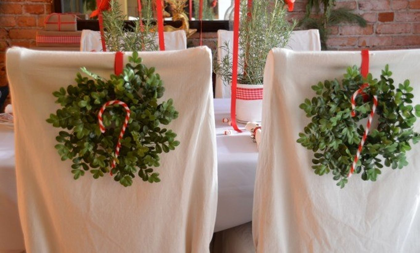 2back-of-the-chair-wreaths