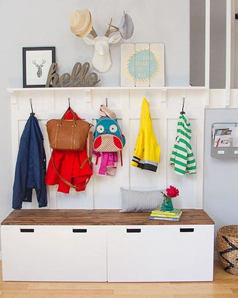 3entryway-benches-hooks-ikea