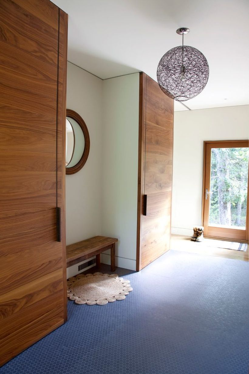 4coat-closet-entry-contemporary-with-sliding-doors-bronze-flush-
