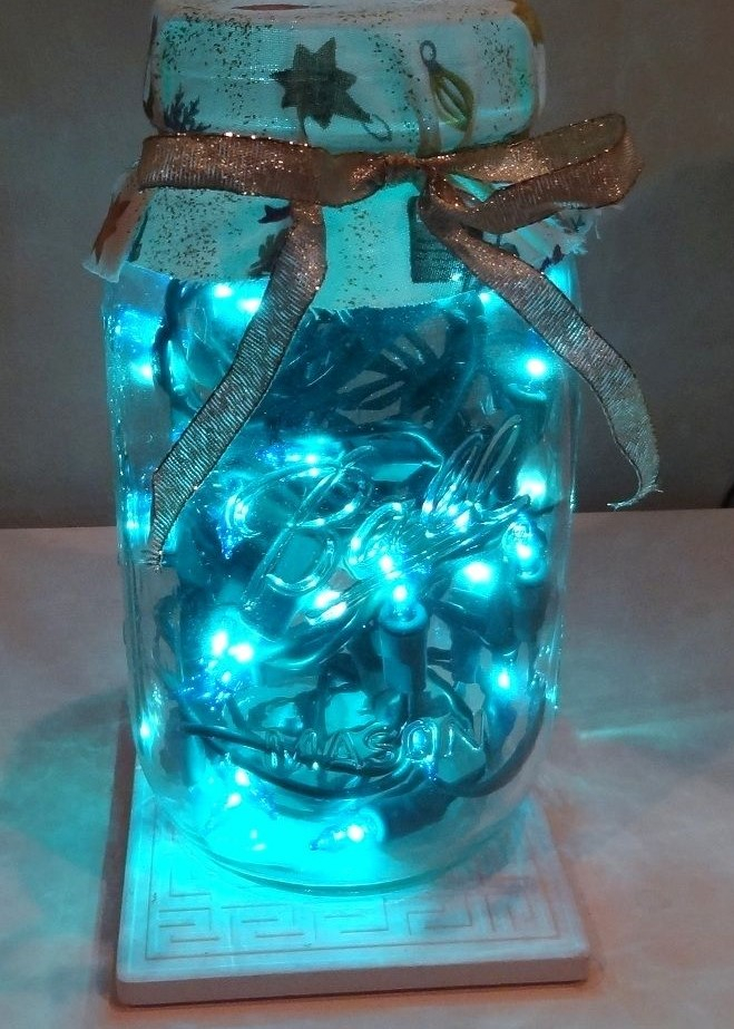 Diy-christmas-decorations-blue-lights-in-canning-jar