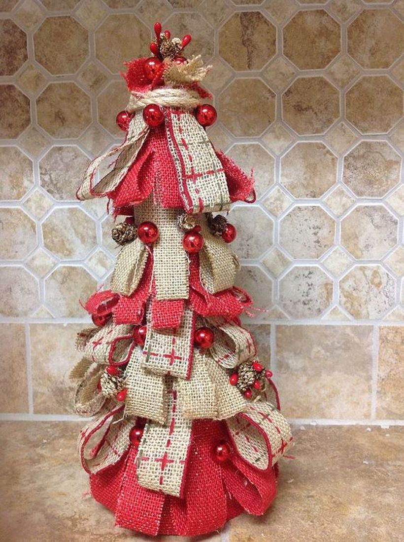 Table-top-christmas-tree-decoration