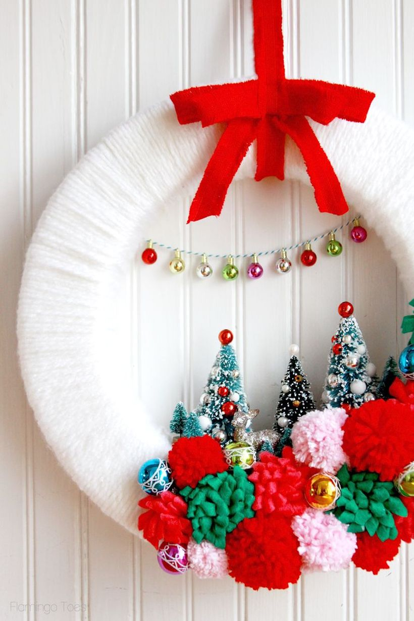 Welcoming-christmas-front-door-with-retro-wreath-colorful-the-vintage-inspired-craft-is-sure-to-make-your-front-door-merry-and-bright.