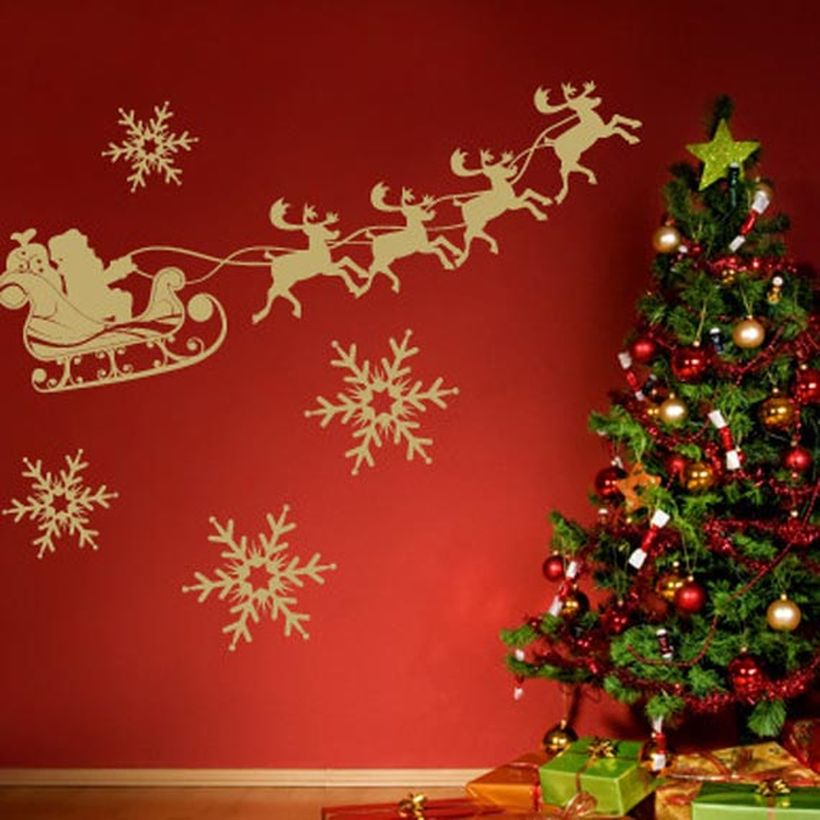 Christmas-wall-decoration-ideas-holiday-wall-decor-3a54be94614b5d0b-1