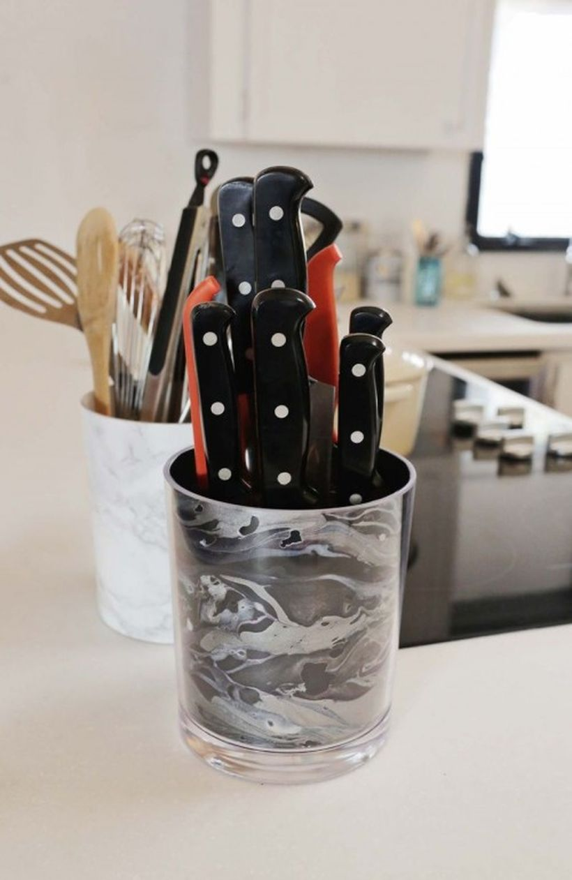 Diy-knife-racks-and-holder-to-make-your-kitchen-comfier4-500x769