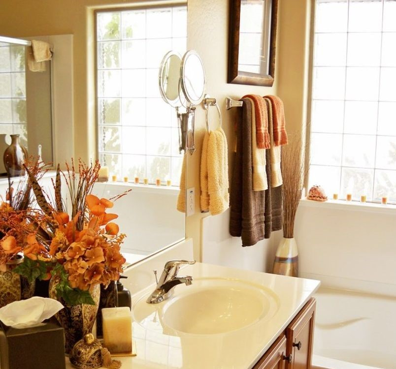 Easy-fall-decorating-ideas-fall-bathroom-decor_1533693638_680x680_0e4792bbd6bf5288-1