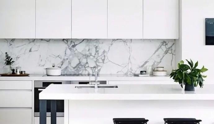 1-black-and-white-kitchen-with-white-marble-backsplash-via-cortese-architects