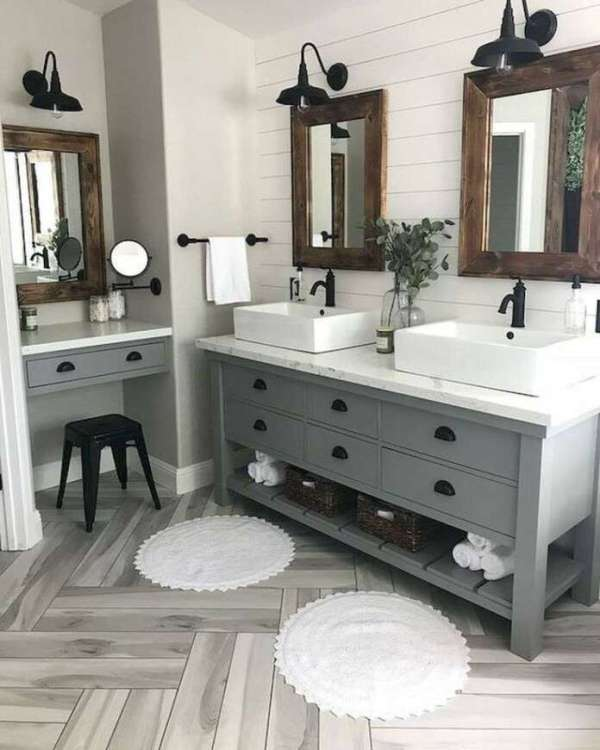 1-farmhouse-bathroom-decor-vanity-rustic-country-style-9-696x870-2