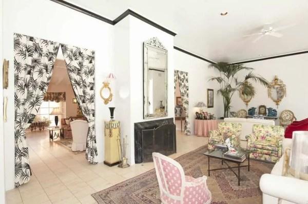 1-eclectic-living-room-oct152019-08-min