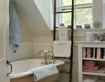 2-wooden-towel-ladder-in-both-rustic-as-well-as-in-modern-bathroom-20-156