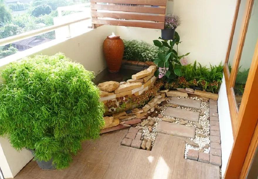 A japanese styled balcony garden