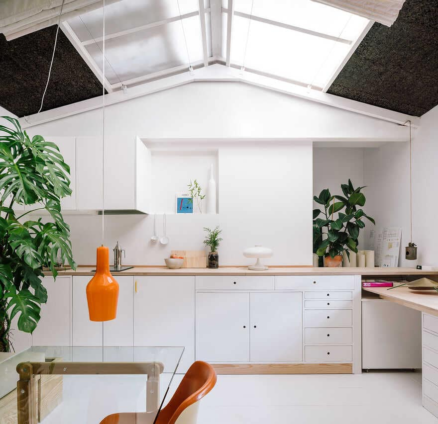 This simple house has an awesome interior that everyone will love 5
