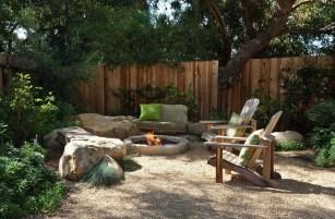Inspiring-backyard-fire-pit-ideas-09-1-kindesign