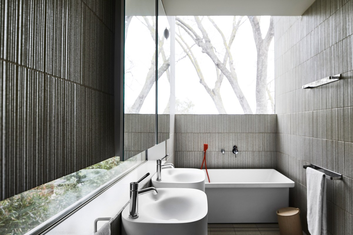 Kew-residence-john-wardle-architects-house-australia_dezeen_2364_col_16