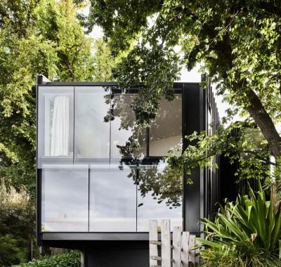 Kew-residence-john-wardle-architects-house-australia_dezeen_2364_col_17-scaled-1