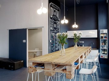 04-stowaway-pallet-kitchen-table-pallet-project-homebnc