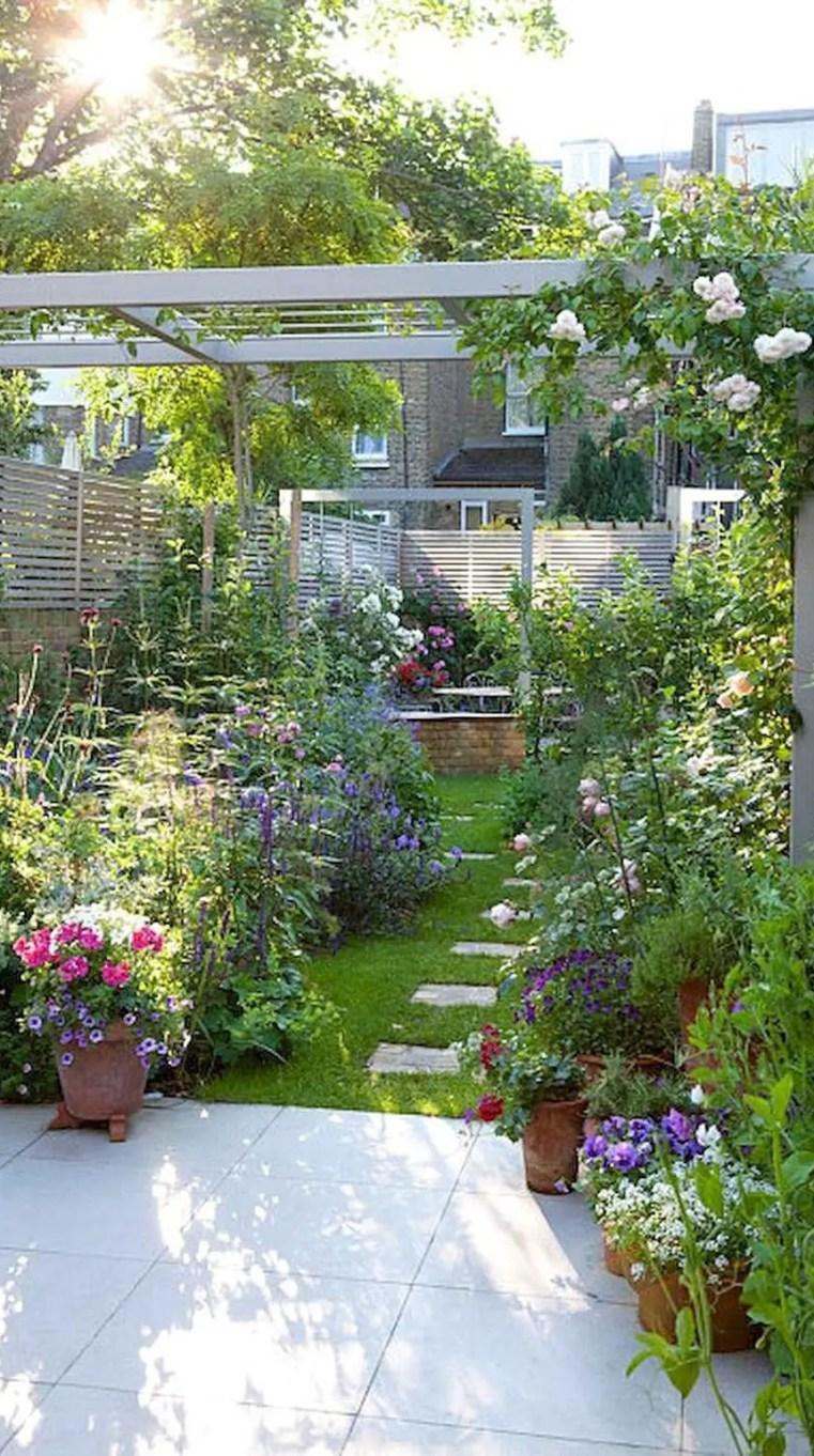 Amazing-gardening-balcony-low-budget-29