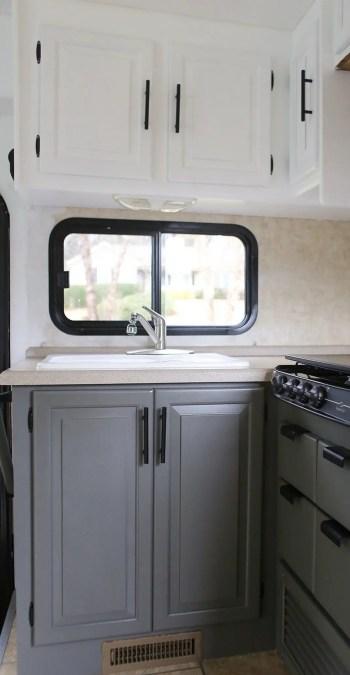 Brilliant-ideas-camper-exterior-paint-10