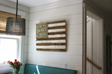 Diy-starfish-flag-pallet-art