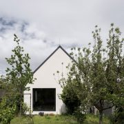 House-v-slovakia-architecture-interiors-martin-skocek_dezeen_2364_col_6-scaled-1