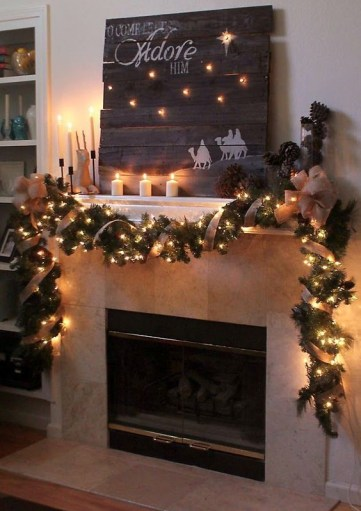 06-a-reclaimed-pallet-wood-sign-and-burlap-garland-with-lights