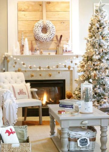 1-05-white-and-gold-are-stylish-neutrals-for-christmas-and-just-winter