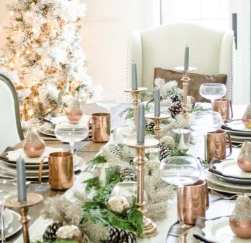 1-christmas-table-setting-with-garland-and-copper-accents-4