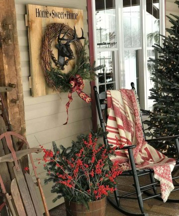 1 outdoor-christmas-decorating-ideas-21-1-kindesign