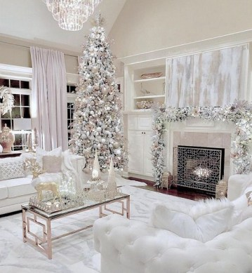 1 perfect-white-christmas-decor