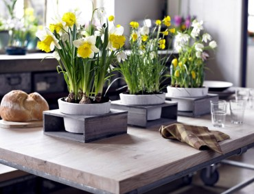 1 beautiful-spring-table-decoration-ideas-with-flowers-2-674