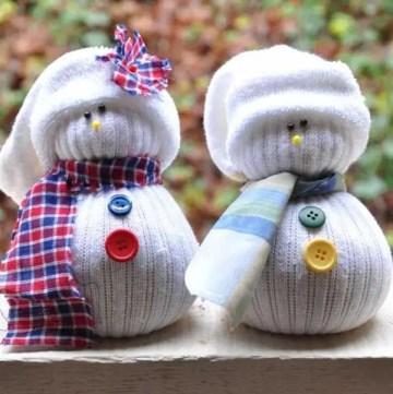 1 sock-snowman-christmas-craft