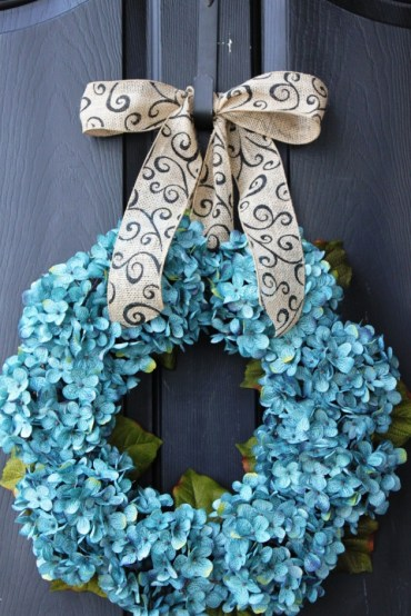 17-refreshing-handmade-spring-wreath-ideas-you-could-easily-diy-7-630x945