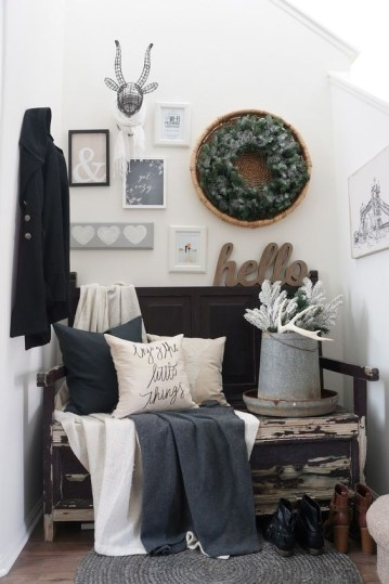 32-evergreen-wreath-and-white-branches-will-slightly-hint-on-the-winter