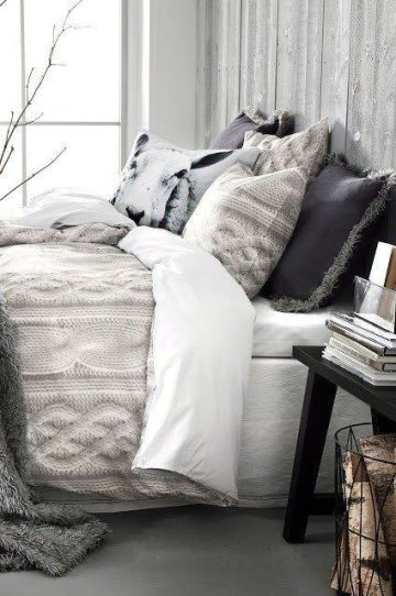 37-neutral-bedding-is-ideal-for-winter-it-makes-you-feel-cozy-1