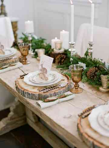 7-rustic-elegant-winter-wood-table-600x819-1