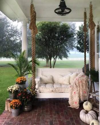 Farmhouse-style-porch-decorating-ideas-028-1-kindesign-768x956-1