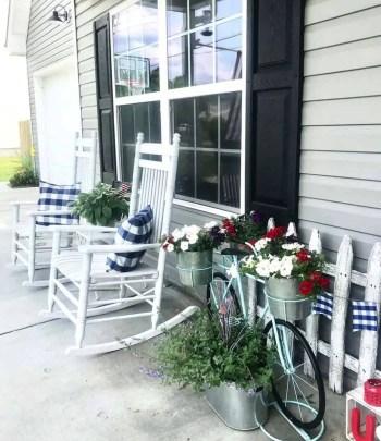 Farmhouse-style-porch-decorating-ideas-05-1-kindesign