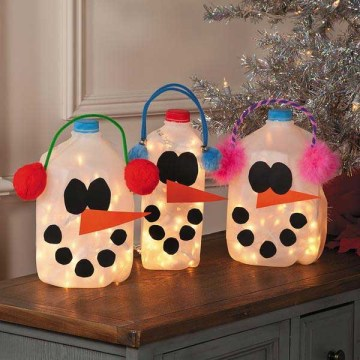Glowing-snowmen-from-milk-jugs
