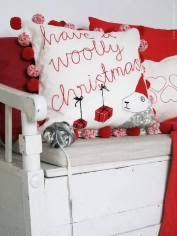 Scandinavian-christmas-decorating-13