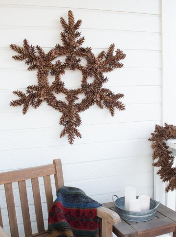 Snowflake-pinecone-wreath-from-bren-did-11